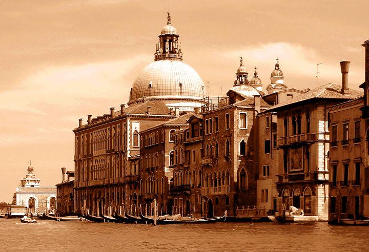 Italy in Sepia - Deborah Zaragoza