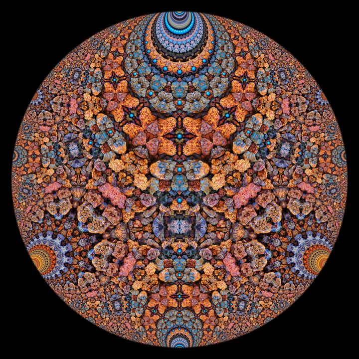 Hyperbolic Rusty Lava Rocks - Digital Crafts