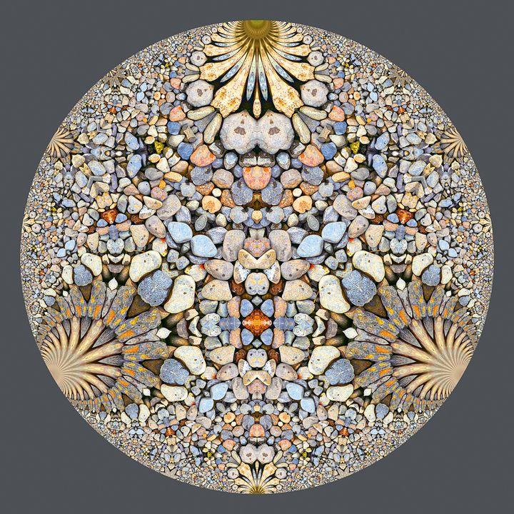 Hyperbolic Pebbles Art - Digital Crafts