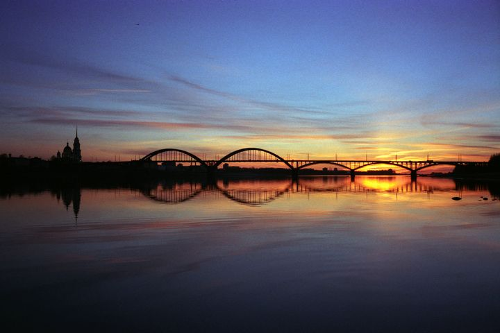 The bridge at sunset. Province. - Mikhail Druzhinin