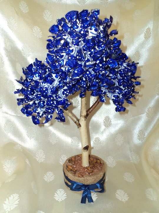 Blue Sweet Tree. - Angelina