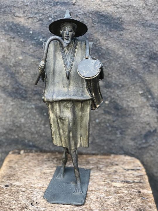 Bronze African Drummer - Ferichi Gallery