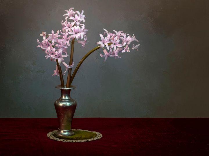 Three pink hyacinths in vase closeup - Judith Flacke Still Life