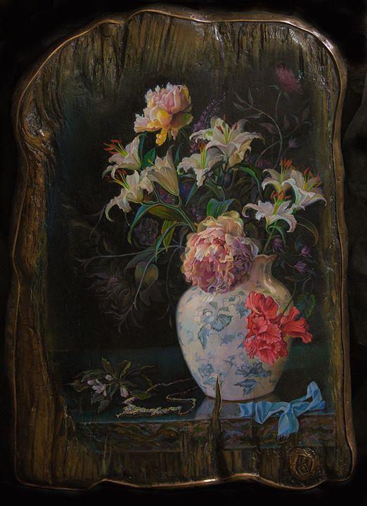 Still life with necklace - Sergey Lesnikov art