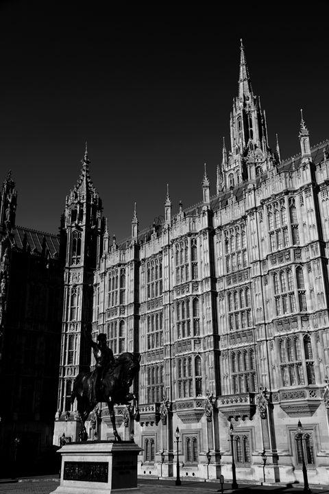 Richard I Statue Houses Parliament - Dave Porter Landscape Photography