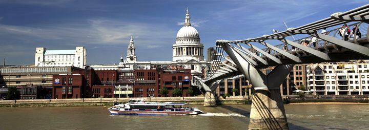 Millennium Bridge St Pauls Cathedral - Dave Porter Landscape Photography