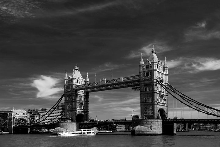 Tower Bridge River Thames London - Dave Porter Landscape Photography