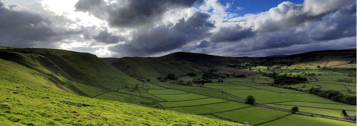 Hope Valley showing Mam Tor - Dave Porter Landscape Photography