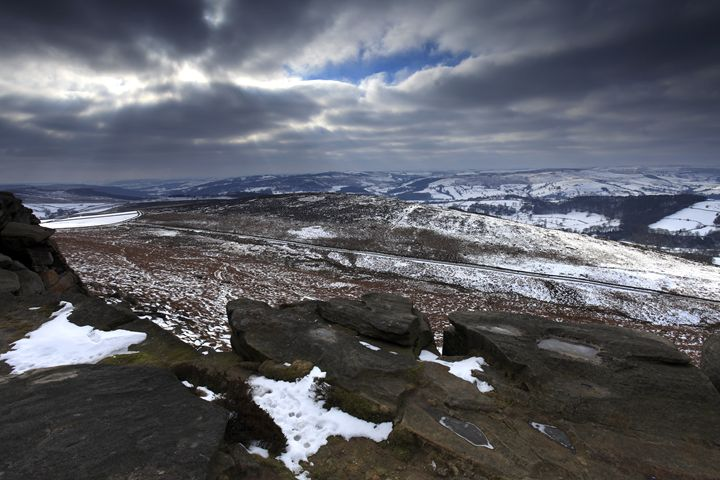 Wintertime on Curbar edge Derbyshire - Dave Porter Landscape Photography