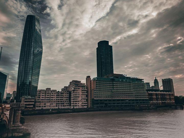 Blackfriars Bridge - London - Scala Ad Astra Librarium