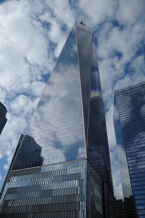 One World Trade Center - Photograph, Prints, and Digital Art, Paintings