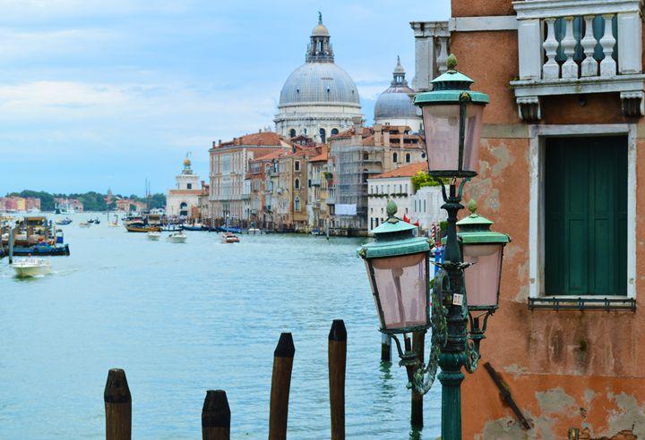 Pastel Venice - Wardululu Alsaffar