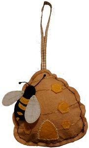 Felt bee hive - Natural necessities