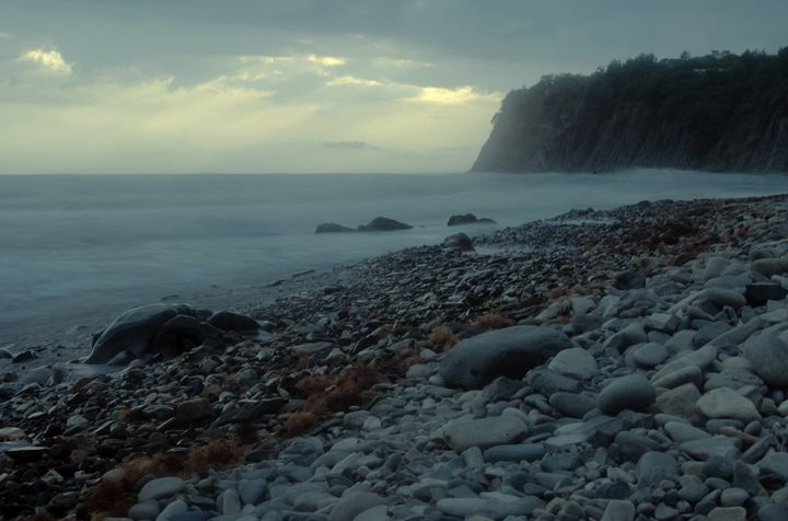 Black sea evening in light storm - P.Shu