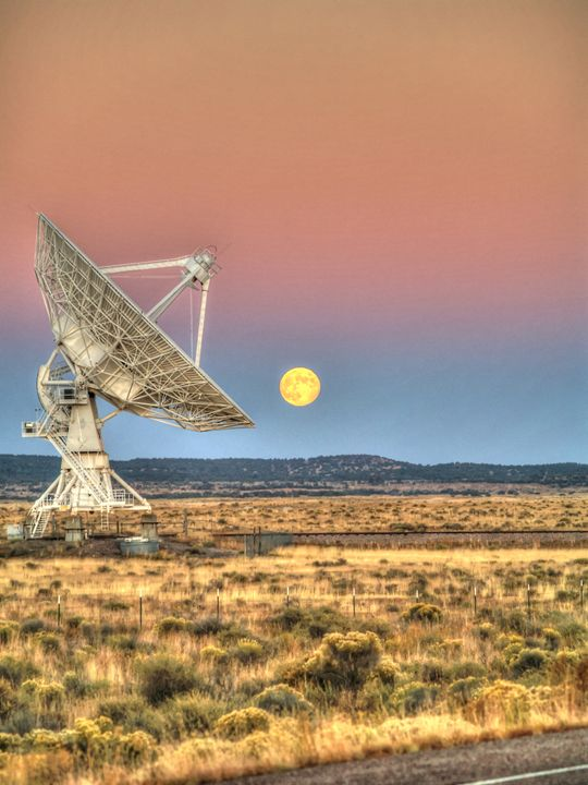 VLA Moonrise - Lion's Gate and Open Road Photography