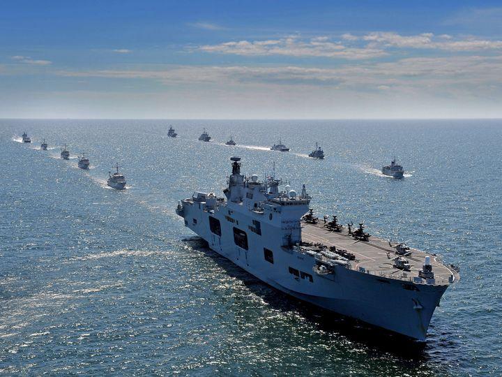 HMS Ocean,L12 - MILITARY PHOTO PRINTS  UK