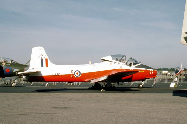 Hunting Jet Provost T5A - MILITARY PHOTO PRINTS  UK