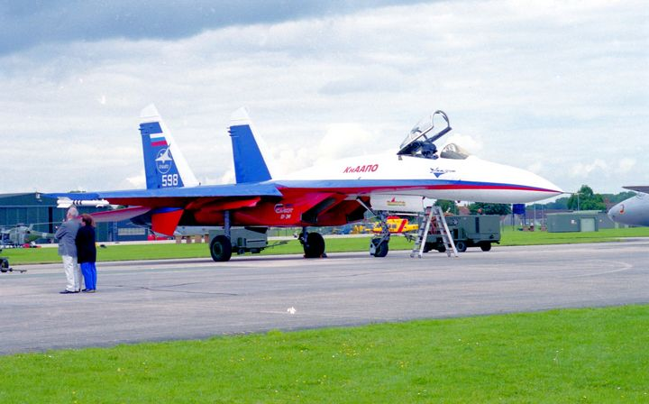Sukhoi Su-27 - MILITARY PHOTO PRINTS  UK