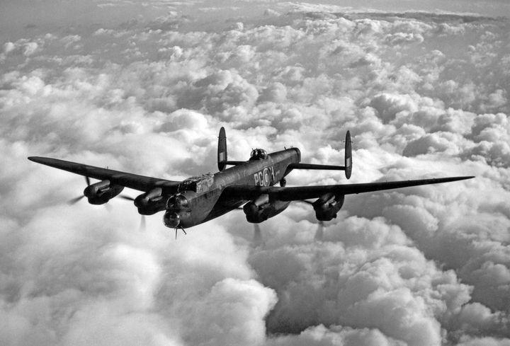 Avro Lancaster,Bomber - MILITARY PHOTO PRINTS  UK