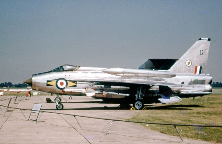 BAC Lightning F6 - MILITARY PHOTO PRINTS  UK