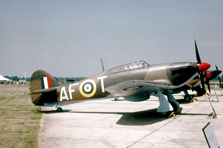 Hawker Hurricane - MILITARY PHOTO PRINTS  UK