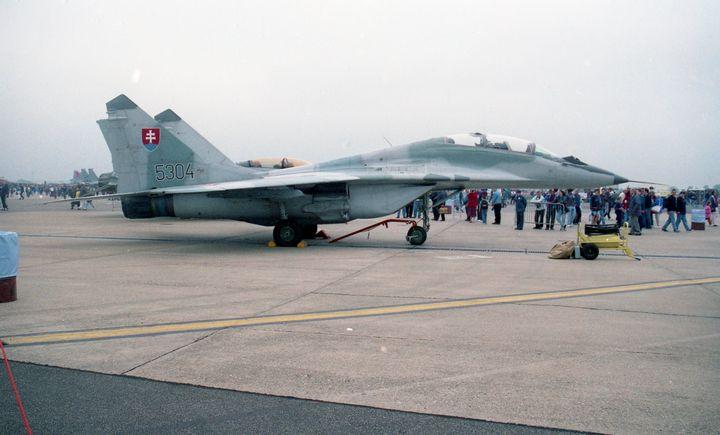 Mikoyan-Gurevich MiG-29UB Fulcrum - MILITARY PHOTO PRINTS  UK