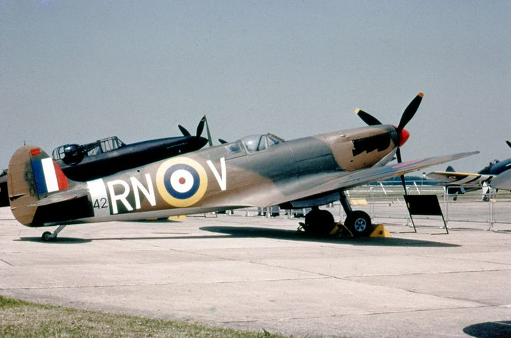 Supermarine Spitfire I - MILITARY PHOTO PRINTS  UK