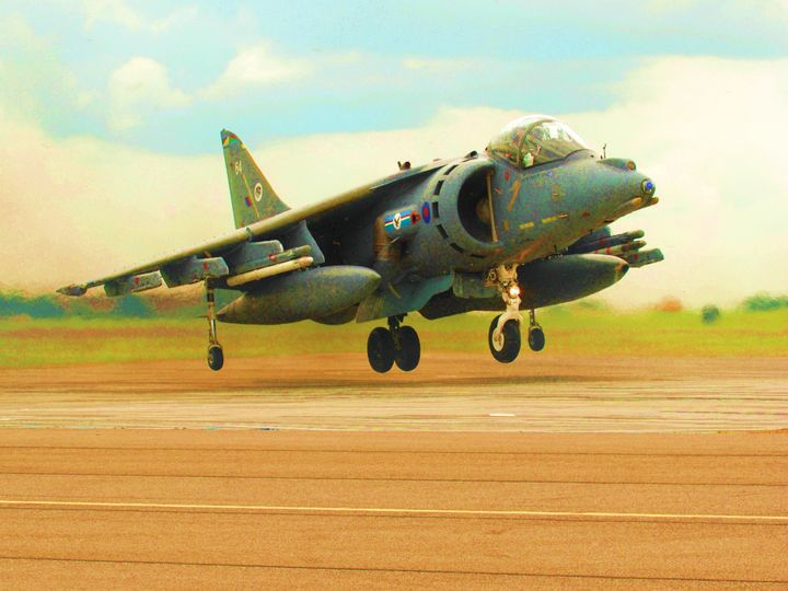 RAF HARRIER - MILITARY PHOTO PRINTS  UK