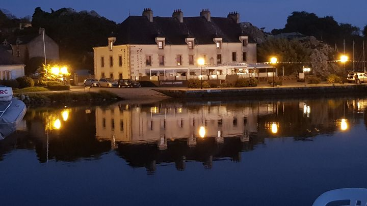 THE QUAY AT NIGHT - MILITARY PHOTO PRINTS  UK