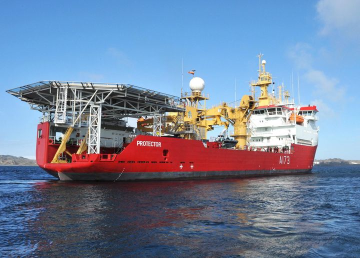 HMS Protector - MILITARY PHOTO PRINTS  UK