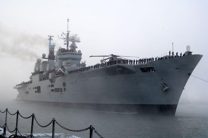HMS ARK ROYAL THE LAST LEG - MILITARY PHOTO PRINTS  UK