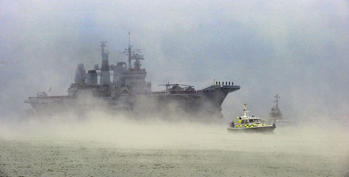 HMS ARK ROYAL THE HOME COMING - MILITARY PHOTO PRINTS  UK