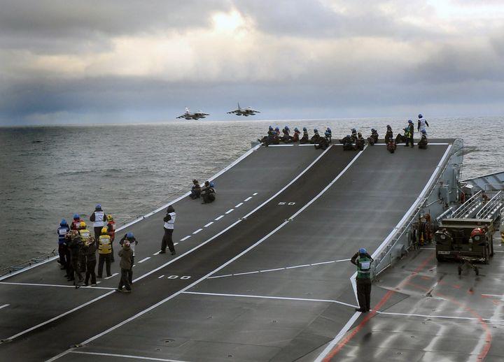 HMS ARK ROYAL HARRIER GR9 FLYPAST - MILITARY PHOTO PRINTS  UK