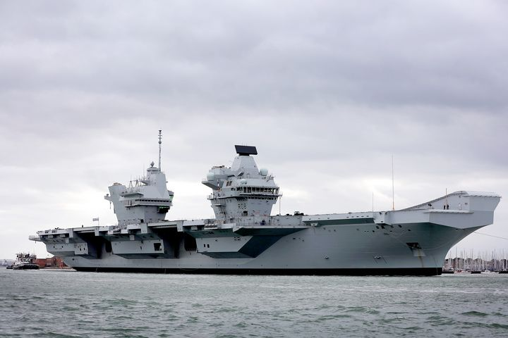 HMS Queen Elizabeth R08 - MILITARY PHOTO PRINTS  UK