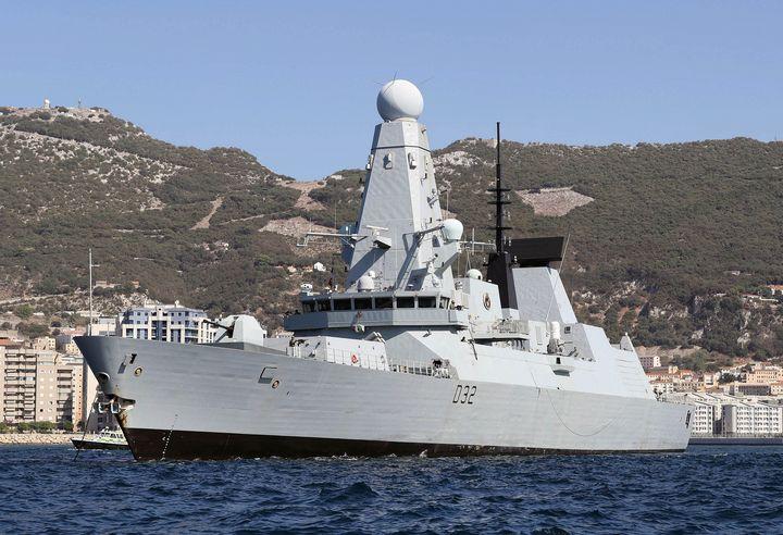 HMS Daring - MILITARY PHOTO PRINTS  UK
