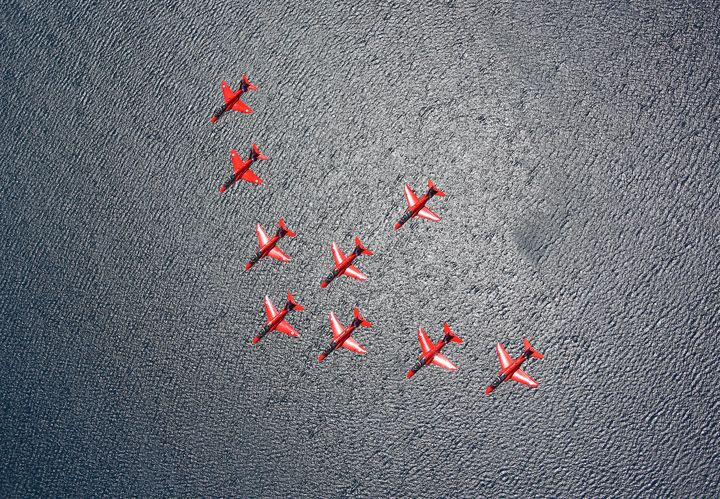 The Red Arrows - MILITARY PHOTO PRINTS  UK