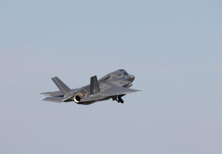 Lockheed Martin,F35,Lightning - MILITARY PHOTO PRINTS  UK