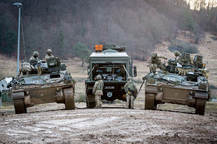 FV510,Warrior,Oshkosh - MILITARY PHOTO PRINTS  UK