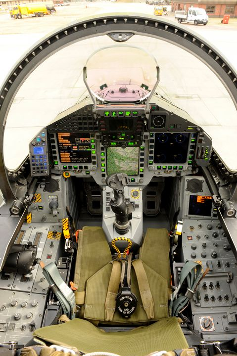 Eurofighter Typhoon Cockpit - MILITARY PHOTO PRINTS  UK
