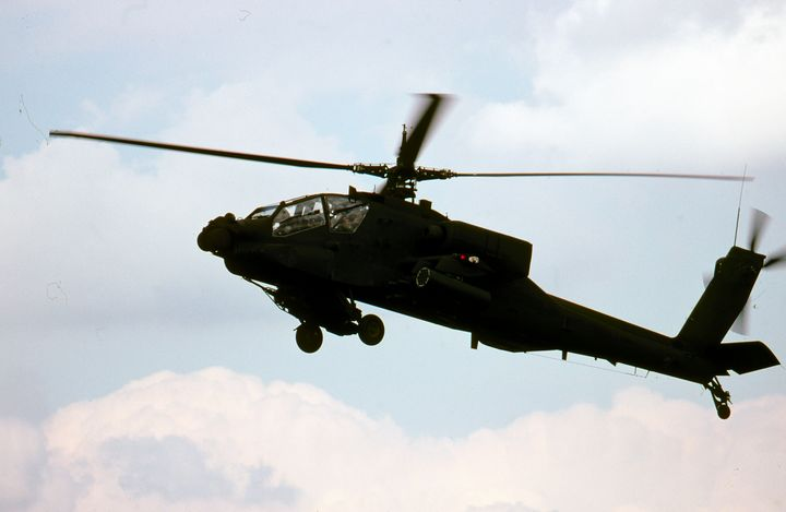 AH-64E Apache Attack Helicopter - MILITARY PHOTO PRINTS  UK