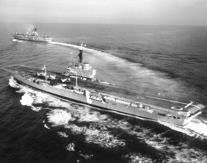 HMS,CENTAUR - MILITARY PHOTO PRINTS  UK