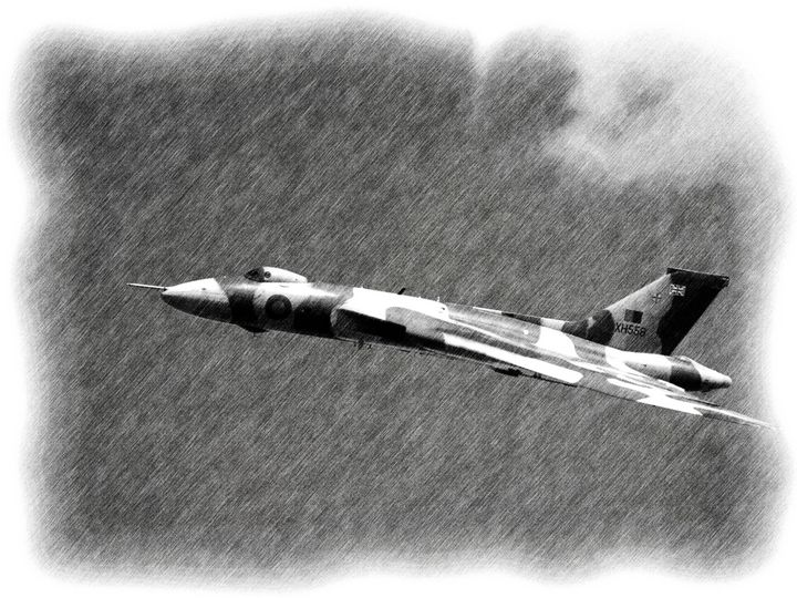 RAF VULCAN - MILITARY PHOTO PRINTS  UK