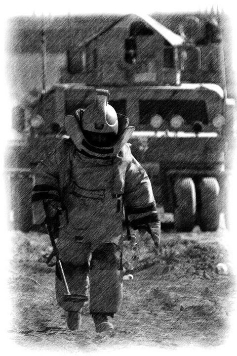 ARMY RLC BOMB DISPOSAL - MILITARY PHOTO PRINTS  UK