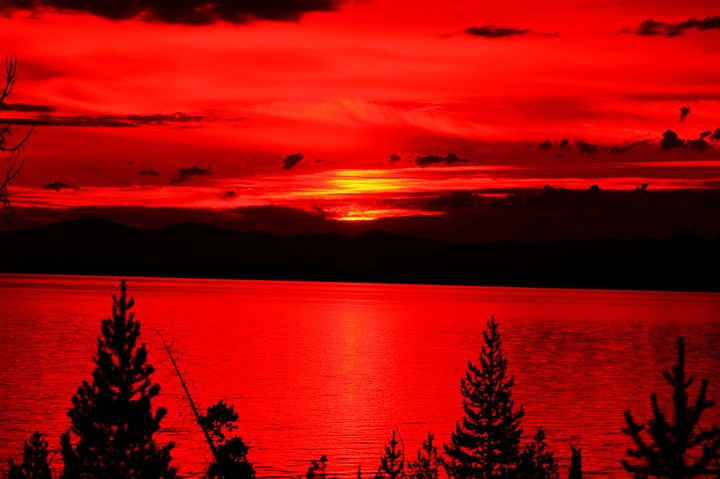 Red Sunrise Over Lake Yellowstone - Photo-Zen-Thesis
