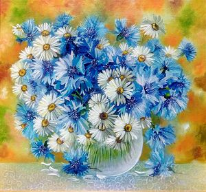 Cornflowers with daisies