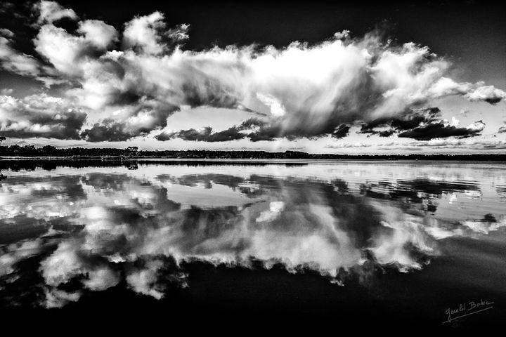 Mirror - Gerald Bohic