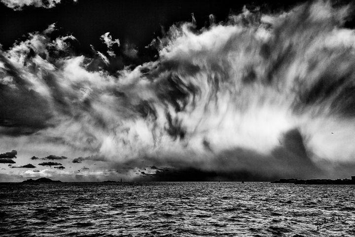 Cloud wall - Gerald Bohic